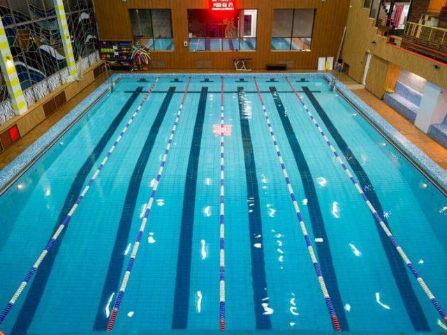 бассейн фитнес практика