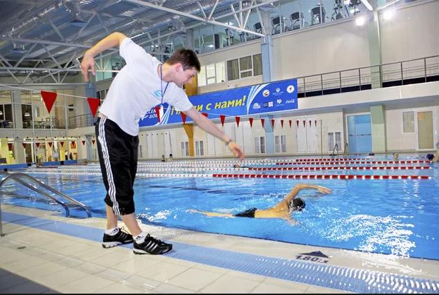 обучение плаванию взргослых