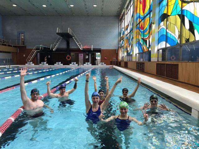 обучение плаванию с нуля