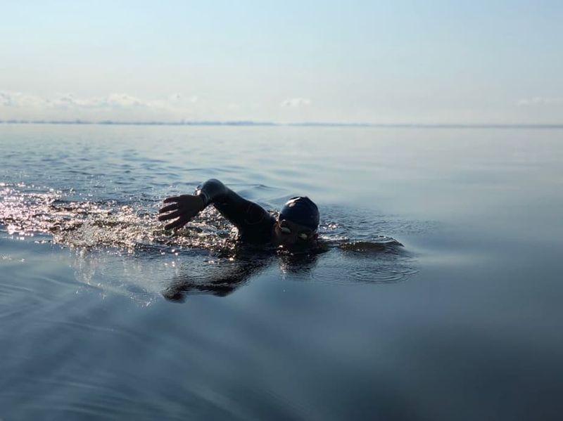 Тренер по плаванию Виктор Мельников
