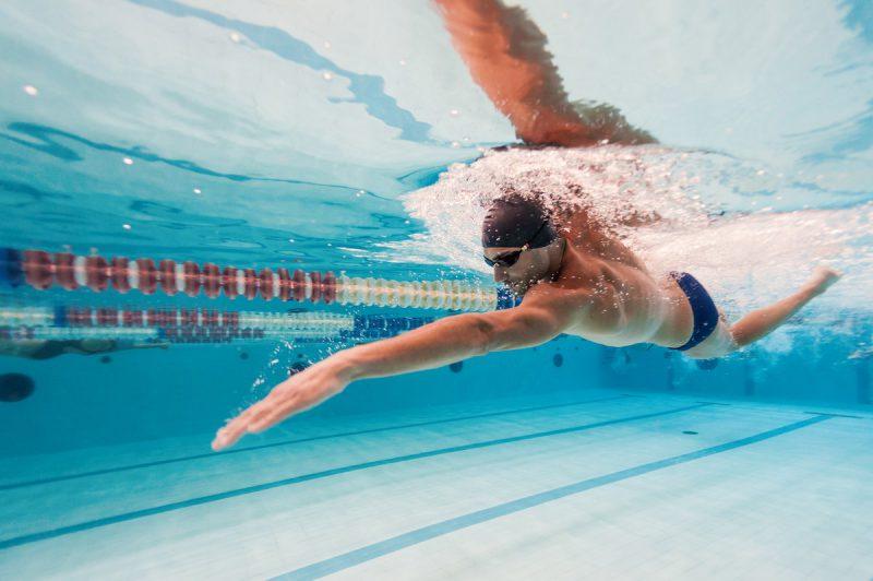 Как выбрать тренажеры для плавания?
